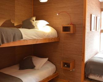 Natural Surf Lodge - Pichilemu - Bedroom