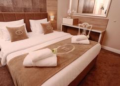 هوتل إيديخا - بانجا لوكا - غرفة نوم