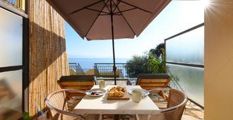 9 Muses Sea View Studios - Benitses - Balcony