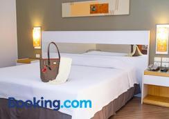 Bristol Brasil 500 Hotel - Curitiba - Bedroom