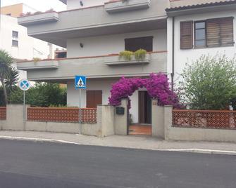 Villa Lory Albinia - Albinia - Building