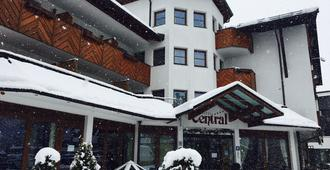 Hotel Central - Seefeld - Building