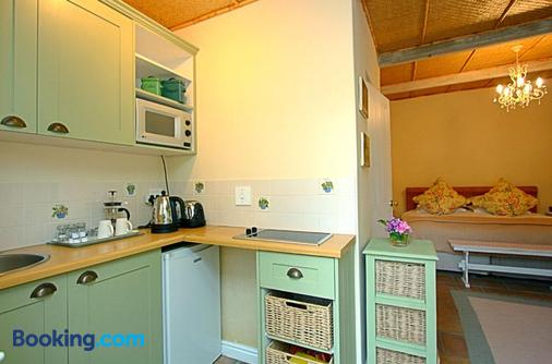 Morningside Cottage - Cape Town - Phòng bếp