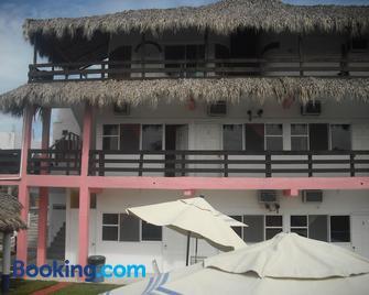 Hotel Villas del Rey - Playa de Chachalacas - Edificio