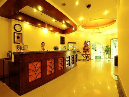 Greentree Inn Chongqing Jiulongpo District Xiejiawan Express Hotel - Чунцин - Ресепшен