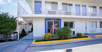 Motel 6 Prescott - פרסקוט