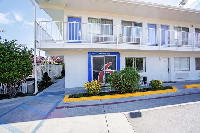 Motel 6 Prescott - Prescott - Toà nhà