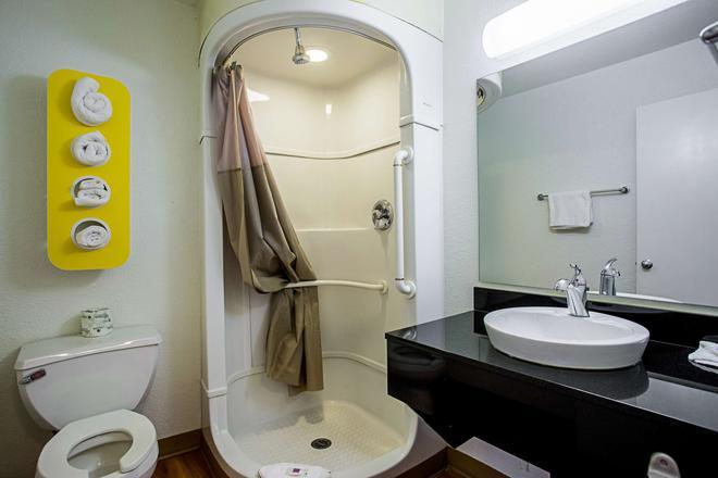 Motel 6 Prescott - Prescott - Phòng tắm