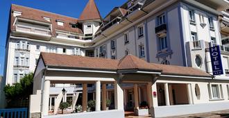 Hôtel Bristol - Ле-Туке-Пари-Плаж - Здание