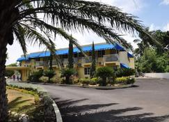 Tamarind Tree Resort - Runaway Bay - Bâtiment