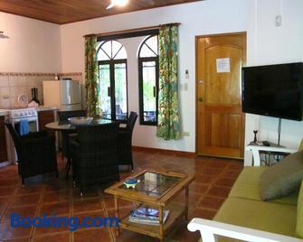Casa Amarilla - Esterillos Este - Living room