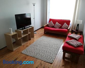 Departamento acogedor en centro de San Fernando - San Fernando - Living room