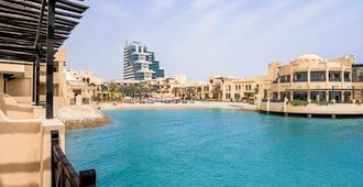 Novotel Bahrain Al Dana Resort - Manama