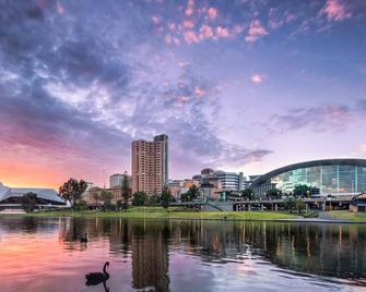Ibis Adelaide - Аделаїда - Вигляд зовні