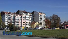 Libera - Sofia - Toà nhà