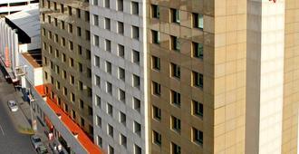 Travohotel Monterrey Historico - Monterrey - Building