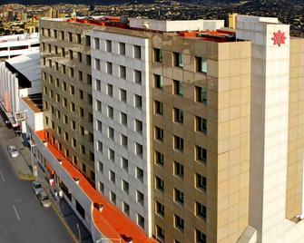 Travohotel Monterrey Historico - Monterrey - Edificio