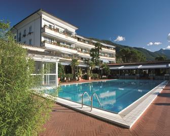 Parkhotel Delta, Wellbeing Resort - Ascona - Pool
