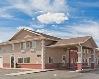 Super 8 by Wyndham Richfield UT - Richfield - Building