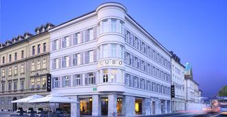 Hotel Cubo - Ljubljana - Rakennus