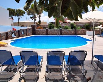 Albatros Hotel - Karterados - Pool