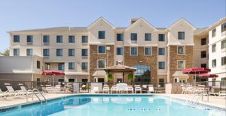 Staybridge Suites Wilmington-Newark - Newark