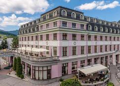 Hotel Kultúra - Rosenberg - Gebäude