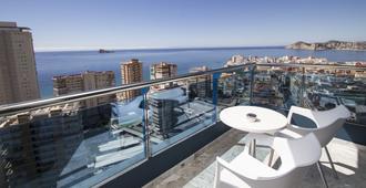 Hotel Madeira Centro - בנידורם - מרפסת