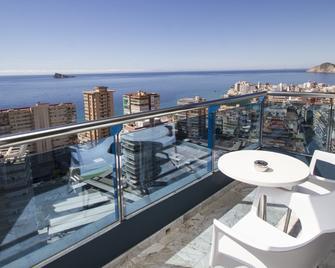 Hotel Madeira Centro - Benidorm - Balcony