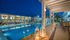 Zante Park Hotel, Bw Premier Collection - Laganas - Patio