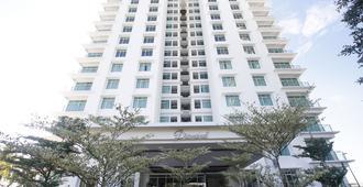 Bay Resort Condominium Diamond Tower - Miri
