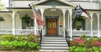 1898 Waverly Inn - Хендерсонвилль - Здание
