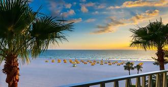ألدين سويتس - أحد منتجعات بيتش فرونت - سانت بيتي بيتش - شاطئ