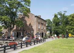 The Bell Inn - Gloucester - Building