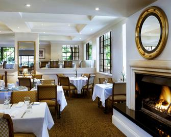 Grand Mercure The Hills Lodge - Castle Hill - Restaurant