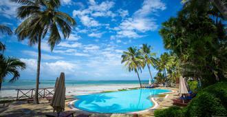 Voyager Beach Resort - Mombasa - Pool