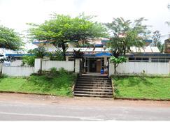 Kstdc Hotel Mayura Tala Kaveri - Sampaji