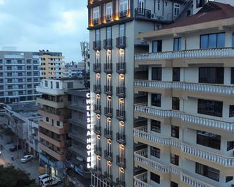 Chelsea Hotel - Daressalam - Gebäude
