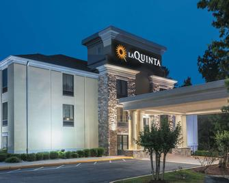 La Quinta Inn & Suites by Wyndham Covington - Covington - Building