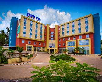Park Inn by Radisson, Kigali - Kigali - Gebouw