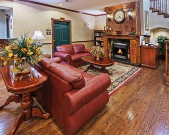 Country Inn & Suites by Radisson, Amarillo, TX - Amarillo - Wohnzimmer
