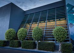 Naumi Auckland Airport - Mangere - Edificio