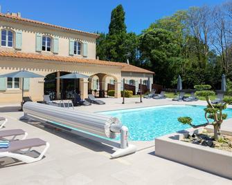 Hotel La Bastide Saint Martin - Carcassona - Pool