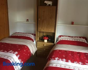 Haus Bortis - Goms - Schlafzimmer