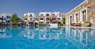 Naxos Resort Beach Hotel - Naxos - Pool