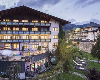 Vital Hotel Zum Ritter - Tannheim - Building