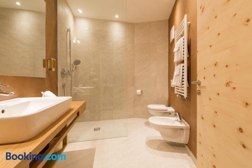 Hotel Panorama - Colle Isarco/Gossensaß - Bathroom