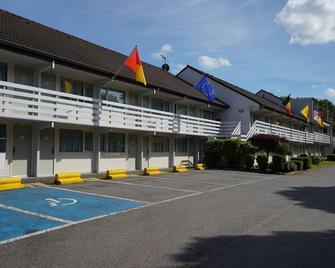 Campanile Hotel Liege - Lutych - Building