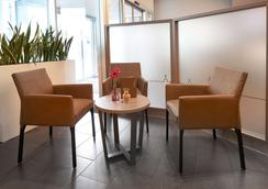 Ghotel Hotel & Living Würzburg - Wurzburg - Lobby