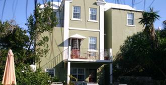 Edgehill Manor Guest House - Hamilton